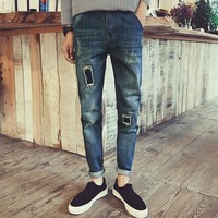 FAVOCENT Men's Holed Knife Cut Slim Fit Mid-Weight Jeans