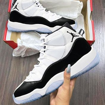 "Air Jordan 11 ""Concord"" Fashionable Men Women Sport Shoes Basketball Sneakers Black/White I/A"