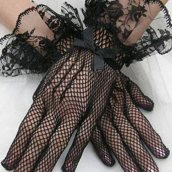 Lace Cuffs Fishnet Gloves