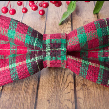 Christmas Bow Tie Attachable to Dog Collar I Dog And Bow
