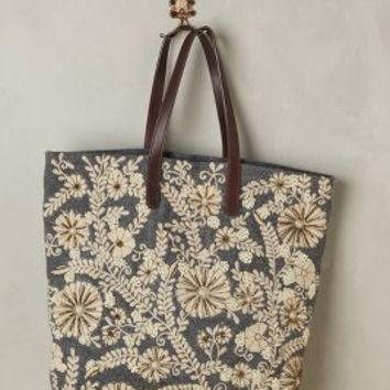 Jasper & Jeera Paris Years Tote in Grey Motif Size: One Size Bags