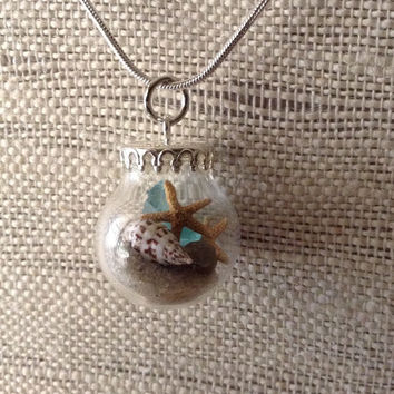 Beach in a bottle, small glass globe woth beach sand and starfish, wedding jewelry, beach jewelry