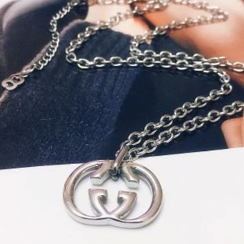 GUCCI Hot Sales Fashion New Simple Letter Pendant Necklace Women Accessories Silver