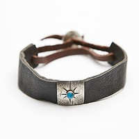 CLP Jewelry Womens Square Plate Leather Cuff