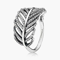 Women's PANDORA 'Light as a Feather' Cocktail Ring - Silver/ Clear