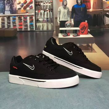 Supreme X Nike SB GTS QS Fashion Casual Unisex Denim Plate Shoes Couple Skateboard Shoes Sneakers