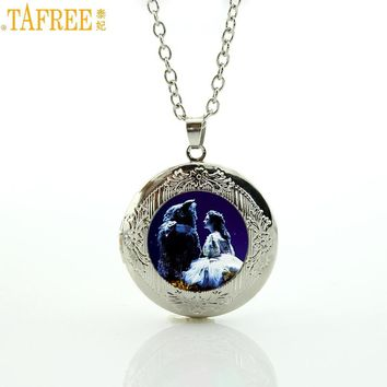 TAFREE Brand 2017 New fashion movie jewelry beauty and the beast cartoon locket statement necklace princess women kids gift CT11