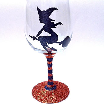 Witch glitter wine glass