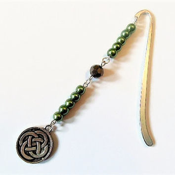 Celtic bookmark, Celtic knot bookmark, beaded bookmark, handmade bookmark, bookmarker, Celtic gifts, Celtic design, Irish bookmark, bookmark