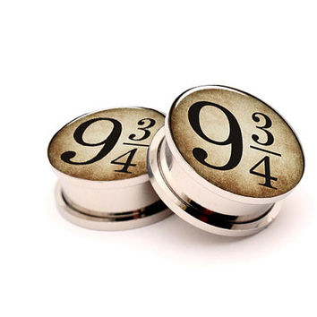 Platform 9 3/4 Picture Plugs Gauges with Screw on,Harry Potter jewelry -8g,6g,4g,2g,0g,00g,7/16,1/2,9/16,up to 1 inch,custom made ear plugs
