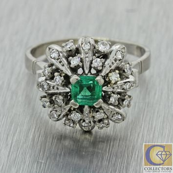 1930s Antique Art Deco 18k Solid White Gold Diamond Emerald Circle Cluster Ring