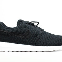 Nike Men's Roshe Run Flyknit NM Black White