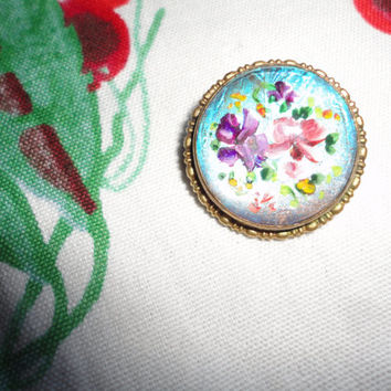 Edwardian Brass Reverse Glass Hand Painted Dome Brooch Pin