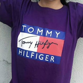 Tommy Hilfiger Vintage Signature Short-Sleeve T-Shirt F-XMCP-YC Purple