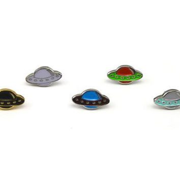 Mini UFO Hat Pin