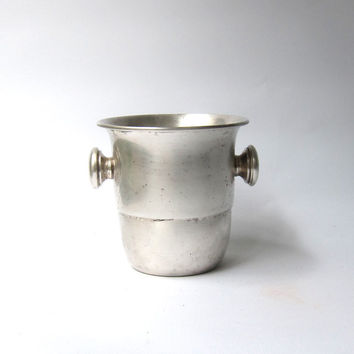 Vintage silver plate Windsor Plaque ice bucket