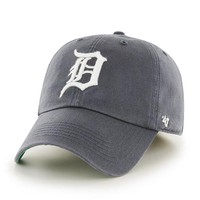 ONETOW MLB Detroit Tigers Franchise Fitted Hat