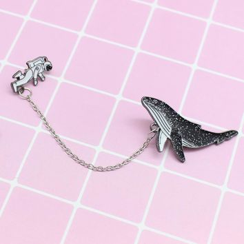Astronaut Whale Brooch Spaceman Dolphin Sparkling Chic Fashion Pin Denim Jacket Badge Backpack Pendant Friends Punk Gift