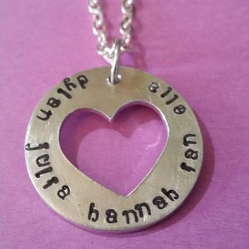 Names Heart necklace ( with the names you choose)