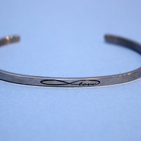 MANTRABAND Infinite Love Cuff
