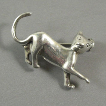 Vintage Silver Kitty Cat Pin , Brooch // from UBlinkItsGone