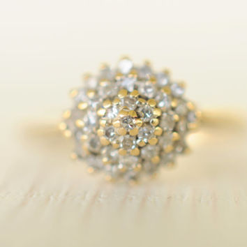SALE Vintage 1970's / 0.25 carat Diamonds and 9k gold cluster wedding ring// ENGAGED - Size 6.75