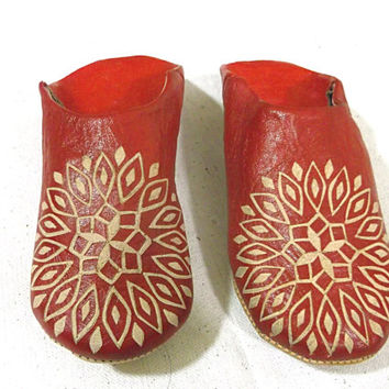 slippers for women, all red leather, shoes, winter, Ugg Fuzzy slippers, for women, Boots shoe leather ,slippers sheepskin,sheep skin,