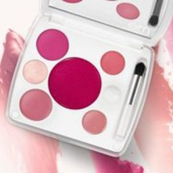 makeup must-haves - michelle phan's top picks - em cosmetics