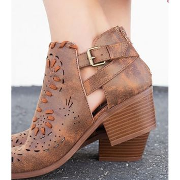 Women Perforated Woven Chunky Heel Bootie