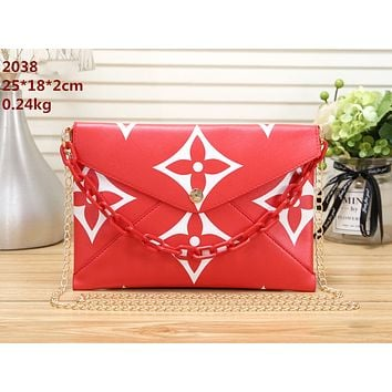 LV 2019 new women's wild chain bag envelope bag shoulder bag red
