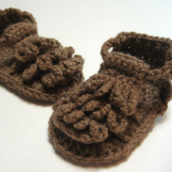 Crochet baby sandals.  6 to 12 months.  Ready to ship.  Brown sandals.  Unisex.  Baby summer sandals.