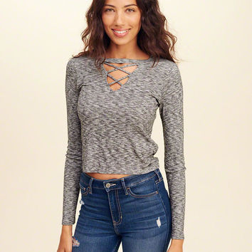 Girls Must-Have Crop T-Shirt | Girls Tops | HollisterCo.com