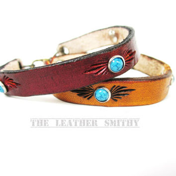 Leather Bracelet with Turquoise Decoration, Leather Cuff, Hand Tooled Leather Bracelet, Turquoise Bracelet, Western Bracelet