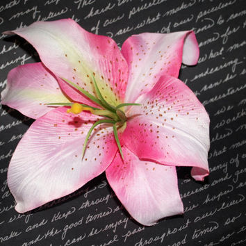 Pretty Star Glazer Pink Lily Flower Hair Clip - Pinup Rockabilly Accessory