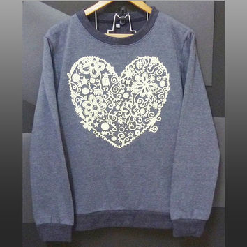 Flower heart sweater love graphic tee winter jumper sweaters clothing long sleeve crew neck tee soft shirt size S M L XL XXL