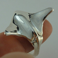 Silver Stingray Ring, Sterling Silver Ring, Adjustable Sting Ray Ring, Ocean Ring, Beach Jewelry, Beach Ring, Adjustable Ring