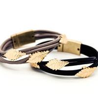 Leaf leather bracelet