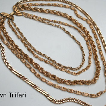Vintage Crown Trifari Multi Strand Gold Tone Chain Necklace