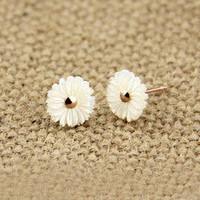 accessoryinlove — Sunflower Sea Shell Earrings