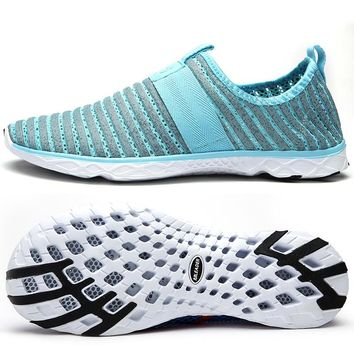 2017 Summer Lightweight Women Shoes Breathable Water Shoes Women Casual Flats Slip On Outdoor Beach Mesh Shoes zapatillas mujer