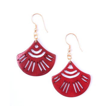 Esmeralda Earrings Burgundy