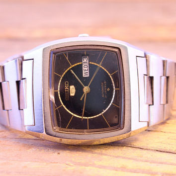 Vintage automatic Seiko mens watch black and grey dial automatic mens watch