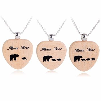 Engraved Animal Mama Bear Tag Wood Wooden Heart Pendant Necklace Mom Children Jewelry Gift For Mother Kids Family Love Necklaces
