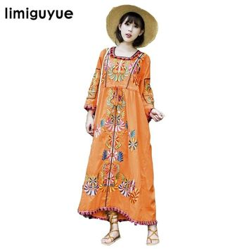 New Women Vintage Ethnic Flower Embroidered Cotton Tunic Long Dress Hippie Boho People Loose dress Mexican N357