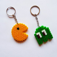 Best Friends Keychain, Set of 2 Keychain, Pacman Keychain, Pixel art, Fun Jewelry, Game keychain