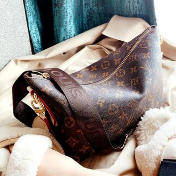 LV 2019 new classic presbyopic shoulder bag Messenger bag