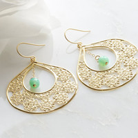 daisy earrings with mint green accent by DesignsByFlory on Etsy