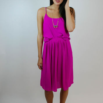Eye of The Beholder Midi Skirt - Magenta