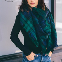 Oversized Perfect Plaid Blanket Scarf - Green