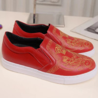 Versace 2018 spring and autumn new flat flat round women's shoes embroidered shoes F0610-1 Red